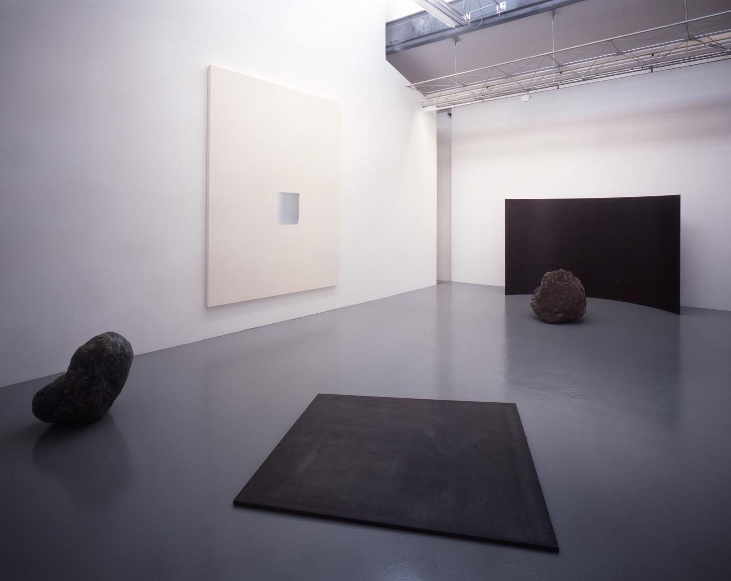 展覧会風景、2007、SCAI THE BATHHOUSE