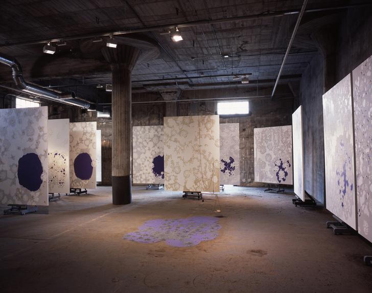 『着陸と着水 - XII YOKOHAMA 絵画列による』、2008、インスタレーション、横浜トリエンナーレ