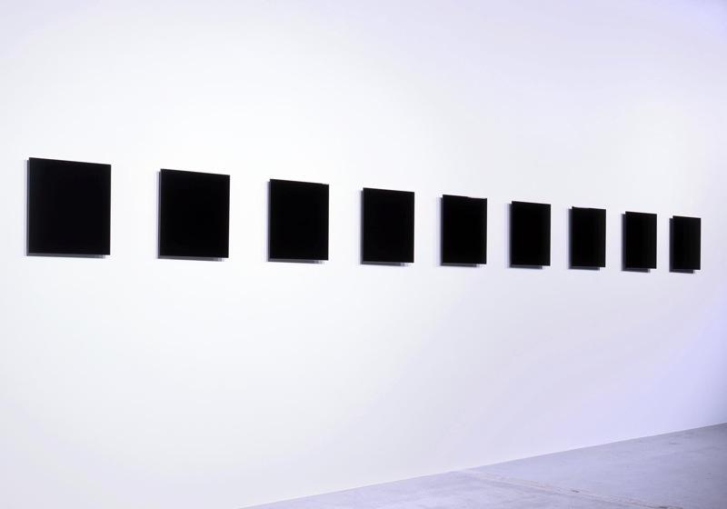 """""""repose / 001-005"""", 2007, 90 x 90 x 2.3 - 3.9 cm each, MDF, urethane coat"""