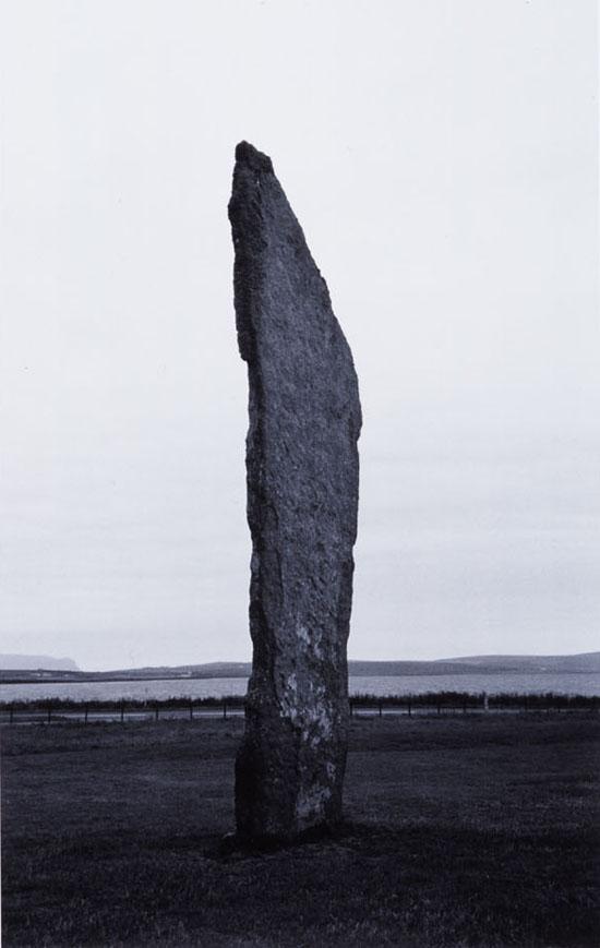 『Steness』 2006 silver print, image size h.75.5 w.49cm, photo by: Keizo Kioku