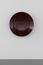 アニッシュ・カプーア《Untitled》2013年、合成木材、漆、 90 x 90 x 17.5 cm、撮影: 表恒匡 | SANDWICH