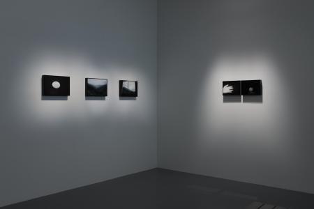 "Apichatpong Weerasethakul ""Memoria"" 2017, SCAI THE BATHHOUSE photo by Nobutada Omote"