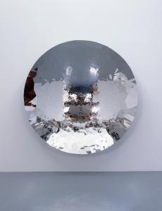 Untitled, 2010, Stainless Steel, 230 x 230 x 44 cm, Photo: Keizo Kioku