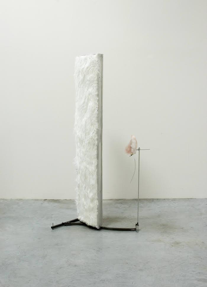 "Nobuko Tsuchiya ""Introduction Shuttle"", 2007, Mixed media, main: 181 × 52 × 76 cm / small parts: 100 × 26 × 9 cm"