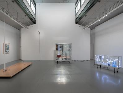 "Yuko Mohri / David Horvitz ""summer rains"" 2019, SCAI THE BATHHOUSE photo by Nobutada Omote"